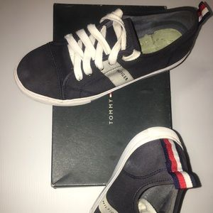 Tommy hilfigher shoes